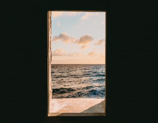 window-view-of-sea-during-golden-hour-2733955